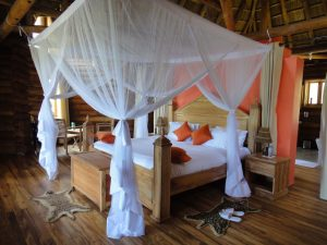 Trackers Safari Lodge bedroom