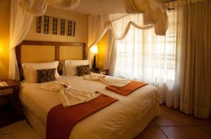 Chobe Marina Lodge bedroom