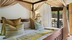 Ivory Tree Game Lodge luxury suite