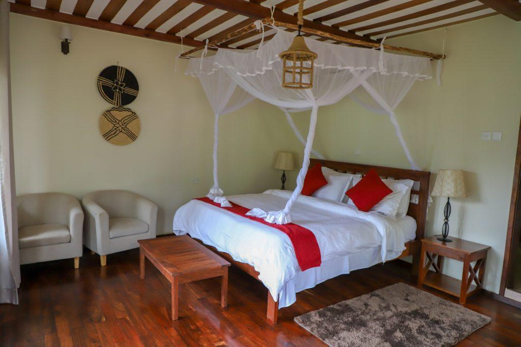 Four Gorillas Lodge bedroom